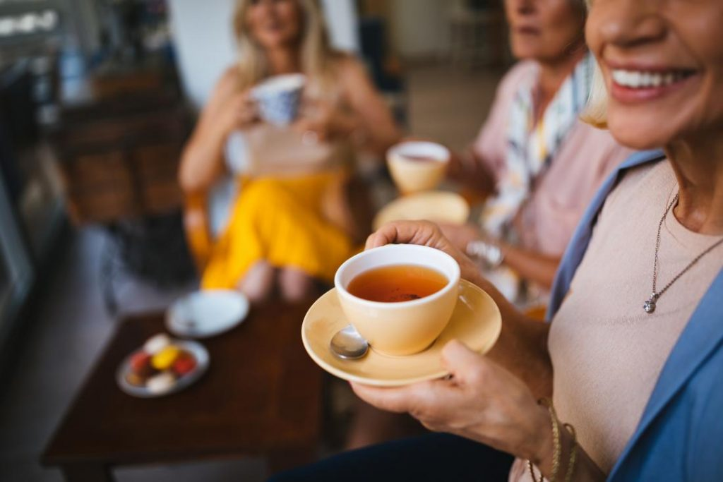 can i drink tea while fasting
